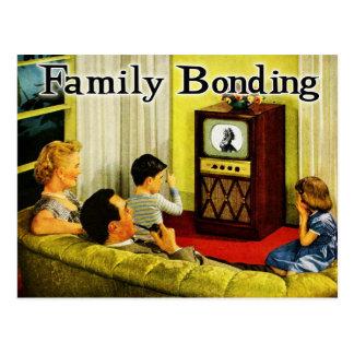 Rétro carte postale de famille de TV (liaison de f