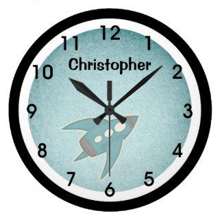 Rétro horloge murale bleue de vaisseau spatial