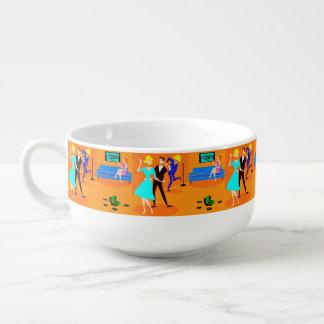 Rétro tasse de soupe à cocktail de bande dessinée