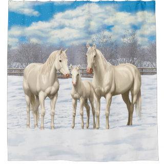 Rideaux De Douche Chevaux quarts blancs dans le pâturage d'hiver