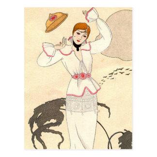 Robe blanche avec la ceinture rose par George Carte Postale