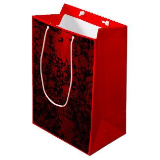 Robijnrood rood op zwarte bloemen trillende medium cadeauzakje