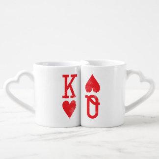 Roi et reine des couples de cartes de jeu de mug