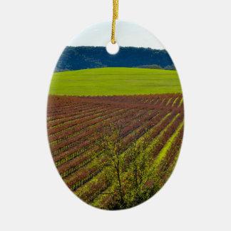 Rolling Hills et vignobles Ornement Ovale En Céramique