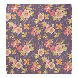 Rose et motif floral rouge sur l'arrière - plan foulard