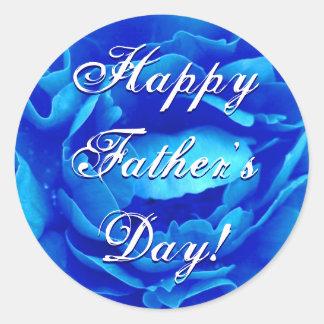 Rose heureux de bleu de fête des pères sticker rond
