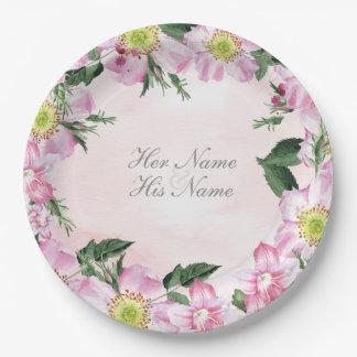 Roses de chien sur le mariage rose d'arrière - assiettes en papier