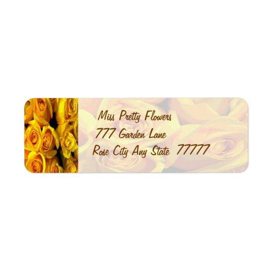 Roses jaunes d'or brumeux étiquettes d'adresse retour