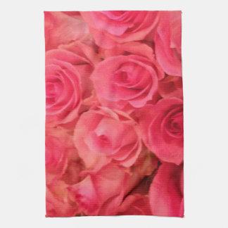 Roses roses serviettes pour les mains