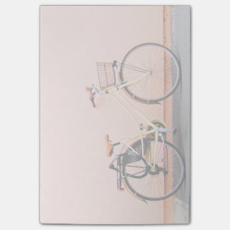 Roue de la bicyclette deux de panier de vélo de post-it®