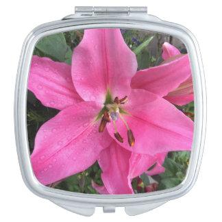 Roze Lelie met Regendruppels Makeup Spiegeltje