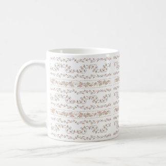 Rubans et tasse de blanc de roses