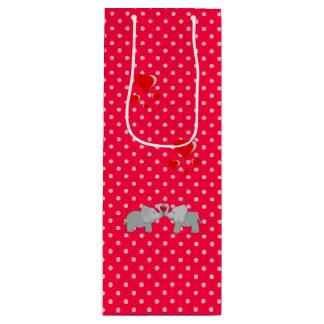Sac Cadeau Pour Bouteille Éléphants romantiques et coeurs rouges sur le pois