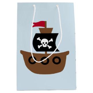 Sac de cadeau avec un bateau de pirate sur un