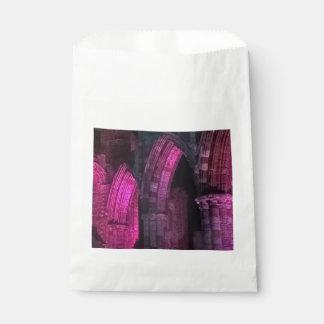 Sachets En Papier Abbaye de Whitby au goth magenta de voûtes