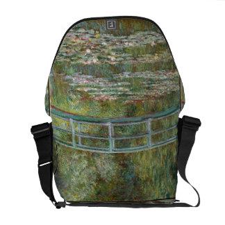 Sacoches Pont d'art de Monet au-dessus d'un étang des