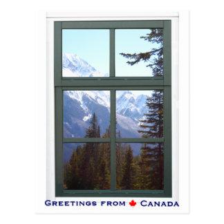 Salutations de vue de fenêtre de montagnes cartes postales
