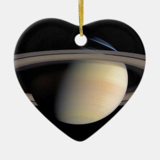 Saturn from Cassini Orbiter Ornement Cœur En Céramique