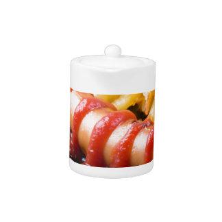 Saucisses grillées et pomme de terre frite