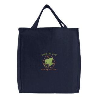 Sauvez le sac fourre - tout organique à la terre