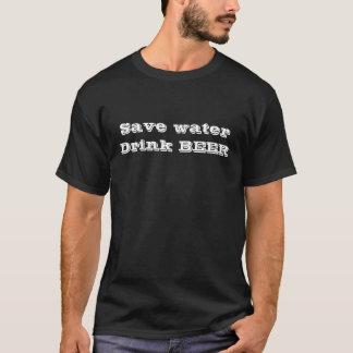 Sauvez le T-shirt de bière de boissons de l'eau