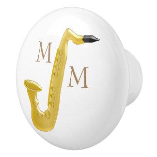 Saxophone décoré d'un monogramme bouton de porte en céramique