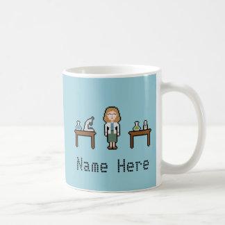 Scientifique faite sur commande de femelle de mug