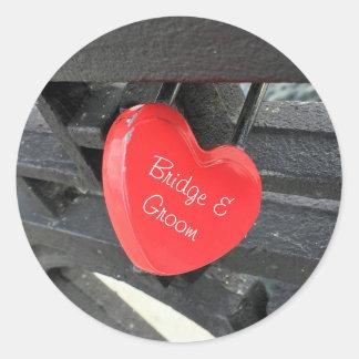 Serrure en forme de coeur rouge personnalisée sticker rond