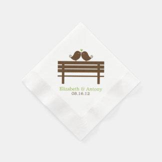 Serviette En Papier Inséparables sur le banc de parc {vert}
