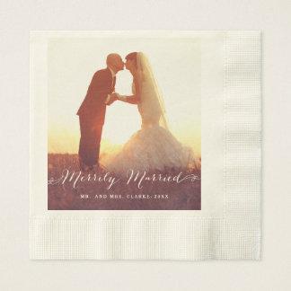 Serviette En Papier Serviettes de papier les épousant joyeux mariées
