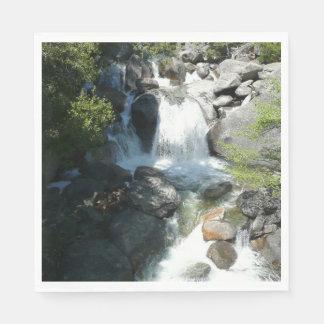 Serviette Jetable La cascade tombe au parc national de Yosemite