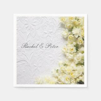 Serviettes En Papier Fleurs pâles de narcisse sur la serviette de