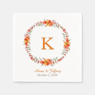 Serviettes En Papier Mariage floral orange de monogramme de guirlande