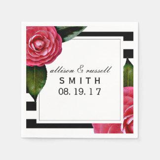 Serviettes En Papier Roses + Serviettes modernes de mariage de rayures