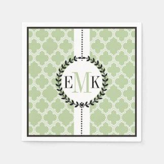 Serviettes En Papier Vert sauge, mariage blanc de motif de quatrefoil