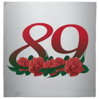 Serviettes En Tissus numéro 89/les fleurs rouges