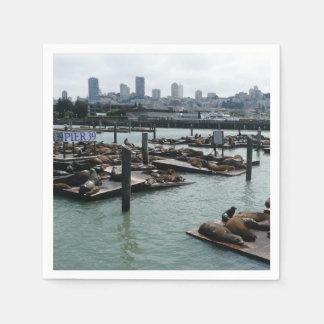 Serviettes Jetables Horizon de ville d'otaries de San Francisco et de