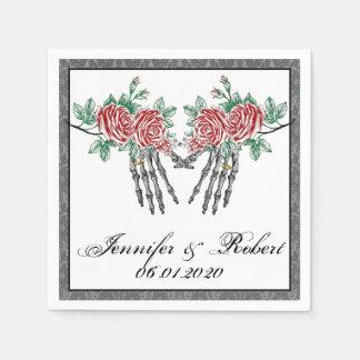 Serviettes Jetables Mains gothiques et roses squelettiques épousant
