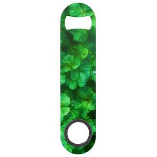 Shamrocks verts irlandais celtiques chanceux