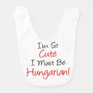 Si mignon doit être le bavoir hongrois