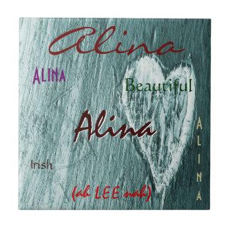 Signification irlandaise nommée d'Alina avec le co Carreaux