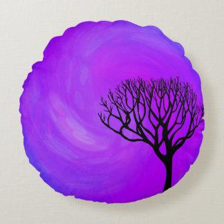Silhouette d'arbre (lumières du nord) coussins ronds