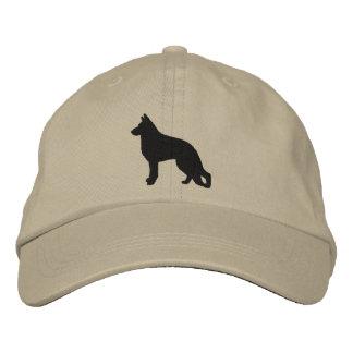 Silhouette de chien de berger allemand casquette brodée