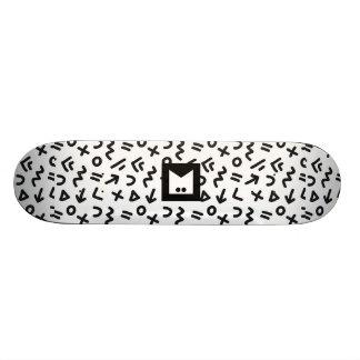 Skateboard Customisable Série de monogramme : Memphis a collé pendant les