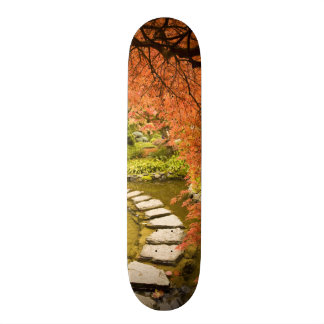 Skateboard Le CANADA, Colombie-Britannique, Victoria. Automne