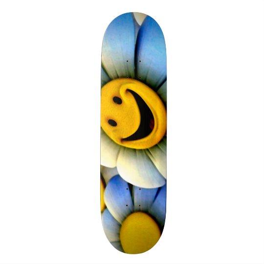 Skateboards Cutomisables Le smiley fleurit le pro panneau fait sur commande
