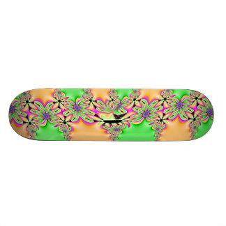 Skateboards Personnalisables Marguerite sauvage de fractale