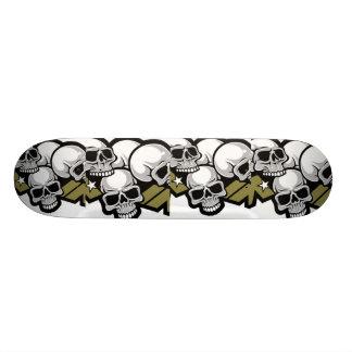 Skateboards planche à roulettes comique de crâne