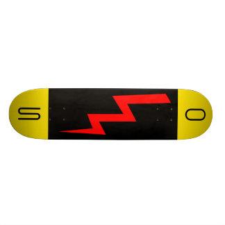 Skateboards Planche à roulettes rouge de boulon de foudre