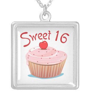 Snoepje 16 16de Verjaardag Cupcake Ketting Vierkant Hangertje